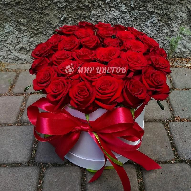 Коробка круглая бордовые розы flowerbox