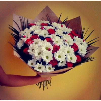 Букет ромашки и розы макси