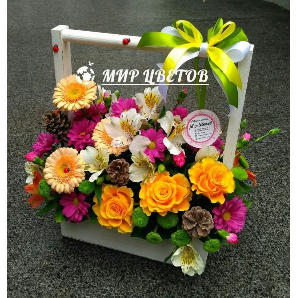 Деревянный ящичек с цветами 13 Цветы и шишки