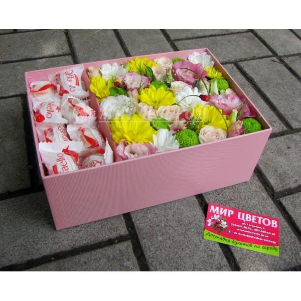 Коробка с цветами и рафаэлло, sweetbox