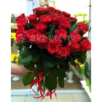 Букет 25 красных роз Эльторо